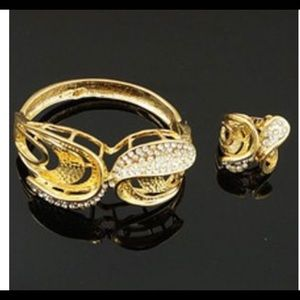 Jewelry - Gold plated bracelet and matching ring